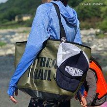 日本StreamTrail戶外防水包 肩背方型托特包Blow.方便簡潔.出門購物的好幫手.可以當購物包 陸軍綠