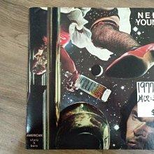 麗之音二手黑膠唱片行 西洋流行 Nell Young American stars and Bars