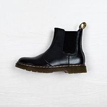 Dr. Martens 2976 經典款 馬汀靴 雀兒喜靴 黑色 硬皮 短筒 男女鞋