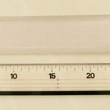 日本製切割尺  LION CR-30  長30公分  厚5mm  寬4公分  上下層壓克力中間為不銹鋼尺  可雙面切割