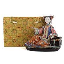 二手 潘鏡全石灣公仔陶瓷古代仕女擺飾品 089900001011 再生工場YR2105 01