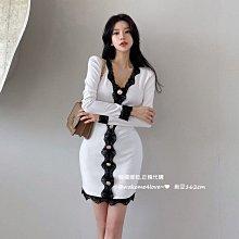 韓國製 高貴感蕾絲滾邊金屬排釦長袖連身裙禮服洋裝 白/黑 onesize 特價