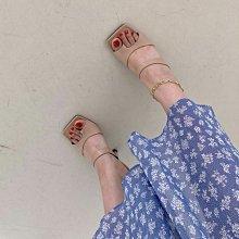 韓國製 超實穿!好搭配!美腳設計 夾角拖鞋 高跟方頭夾腳鞋 高跟夾腳鞋 22.5~25號 膚色/白/黑/咖啡