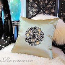 【芮洛蔓 La Romance】愛諾斯 Enos 系列手工縫珠抱枕 - 絢金綠 (大) / 腰枕 / 靠枕 / 靠墊