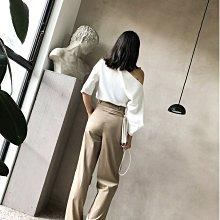 . NL Select Shop .一字領露肩 設計感白襯衫 短褲 雪紡 小禮服 渡假 長洋裝 連身裙