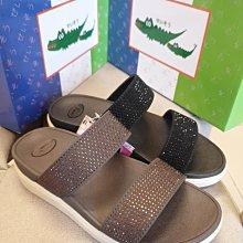 ♀️女:母子鱷魚-耀眼晶鑽氣墊涼鞋、雙帶涼拖鞋、晶鑽超輕底涼拖鞋、氣墊厚底涼拖鞋、時尚外出休閒涼拖鞋