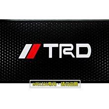 TOYOTA 豐田 TRD 車用 防滑墊 止滑墊 立體六角紋理設計 可水洗防眩光 多功能擺放 止滑力絕佳 美觀時尚