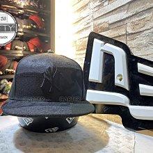 New Era x MLB NY Yankees 9Fifty 紐約洋基黑色皮革拼接後扣棒球帽 Snapback