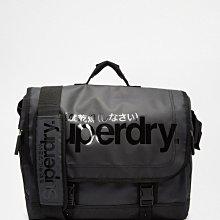 極度乾燥 Superdry Laptop Tarp Bag 防水 側背包 手提包 15吋 筆電包 多夾層 黑底黑字 現貨