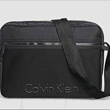 全新真品 Calvin Klein CK卡文克萊LOGO黑色尼龍 斜背包 郵差包 可放IPAD PRO 愛COACH包包
