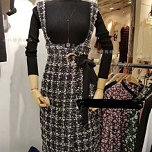 正韓國製真兩件小香風氣質毛呢吊帶背心連身裙(含半高領黑色針織衫)