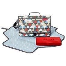 預購 美國帶回 Skip Hop Pronto 攜帶型寶寶防水尿布包-彩色三角形 媽咪的好幫手 育兒好物