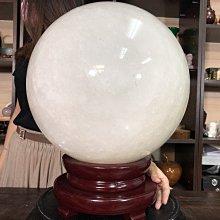【居寶屋】精選天然 大顆 白水晶球 原礦水晶球 有球必應 淨化心靈 增強磁場 開運 店面居家霸氣擺件 附座 091902