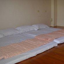 羅東包棟民宿 每人399最便宜,羅東夜市5分鐘最方便,6~12人包棟 最推薦 宜蘭民宿浪漫滿屋