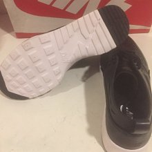 [飛董] NIKE WMNS AIR MAX THEA JOLI 皮革 摟空  女鞋 725118-001 黑白