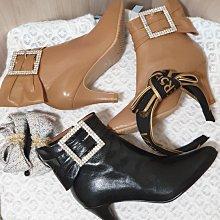 ♀️女:女神降臨-MIT手工精品.蝴蝶結大方鑽釦全真皮高跟踝靴(兩色)、台灣手工短靴、方鑽踝靴、蝴蝶結短靴、羊皮短靴