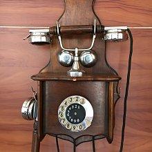 *內壺春角落光陰* Antike Holz Wandtelefon 霍爾茲德國古董木柄牆上轉盤電話