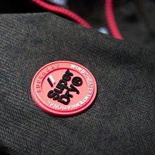 跩狗嚴選 極度乾燥 Superdry Arctic 經典款 三排拉鍊 風衣 外套 刷毛 深墨綠人字紋 桃紅