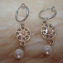 精選~水鑽珍珠無耳洞耳夾式耳環~全新品