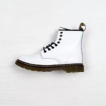 Dr. Martens 1460 8孔 白色 硬皮 短筒 經典款 馬汀靴 男女鞋