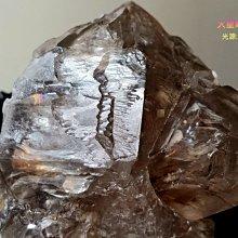 [火星喵晶礦屋]超閃亮結晶!天然茶色骨幹骸骨水晶、疊生漂亮雙尖結晶、很多彩虹光