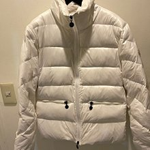 Moncler 白色羽絨外套