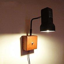 5Cgo【燈藝師】含稅會員有優惠 38880299684  復古工業原木質壁燈現代簡約臥室床頭帶開關閱讀個性創意壁燈