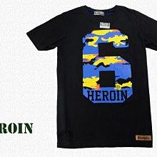 Heroin海洛因品牌 迷彩數字樣  字母棉T ~阿法.伊恩納斯 文創 時尚穿搭 不輸極度乾燥