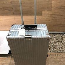 預貨含運 RIMOWA CLASSIC Check-In M 新款27吋託運行李箱。