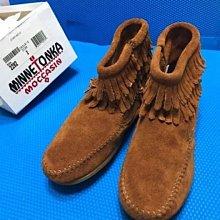 美國官購Minnetonka Double Fringe Side Zip Boot咖啡麂皮平底流蘇女童靴2號含運在台