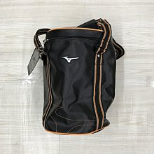 【愛莎&嵐】MIZUNO 黑色圓桶運動袋 (全新) 1100805
