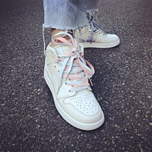 "Nike Air Jordan 1 Mid AJ1""多彩鞋带米白""百搭 中筒 鴛鴦 運動籃球鞋 555112-035 女"