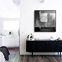 C - R - A - Z - Y - T - O - W - N 黑白抽象藝術掛畫 客廳沙發掛畫 後現代 比利時飯店畫