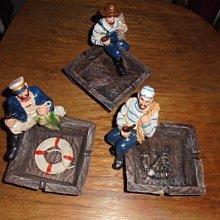 桌面小飾品 造型煙灰缸整理 船長海盜 3款合售 ,樹脂材質,擺設收納