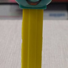 D-3 櫃 現狀品 : CLUMSY SMURF 小笨蛋 PEZ 貝斯糖果盒 THE SMURFS 藍色小精靈