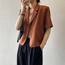 輕熟風時髦復古小外套 短版兩粒釦短袖小西裝外套 艾爾莎【TAE8808】