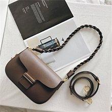 現貨在台 真皮方包DANDT 復古牛皮麻花繩帶鎖扣方包(21 FEB) 同風格請在賣場搜尋 THU 或 歐美包款