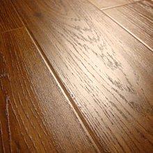 京峻木地板-超耐磨木地板 強化木地板 真木紋系列,真實呈現原木風貌-蜂蜜柚木 $699/箱