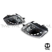 《※台灣之光※》全新 AUDI TT 99 00 01 02 03 04年高品質LED光條R8樣式黑底魚眼大燈組馬達版