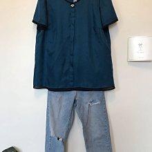 芃諭名品專櫃 perngyuh孔雀藍皇家藍絲緞珍珠絨釦上衣 優雅美麗 42號
