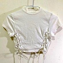 全新小心機綁帶T-Shirt