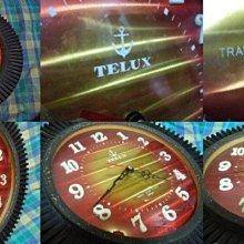 ((懷舊普普風))早期日製TELUX鐵力士弧形玻璃鏡面掛鐘A28