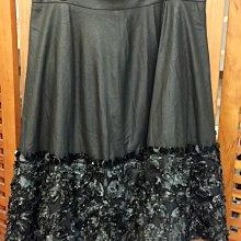 天使熊小鋪~台灣精品碩鑫國際服飾24K麂皮手工縫製立體亮片花朵膝下裙M號 長裙 原價12680