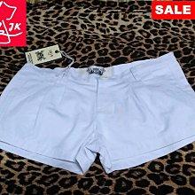 專櫃品牌 iris 短褲 熱褲-女款-黑、白-S【JK嚴選】皇后的品格