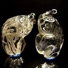 小風鈴~天然高檔近全美雕刻貔貅天然白水晶墜~鎮宅.擋煞.避邪.旺財一對~小對(低價出清)