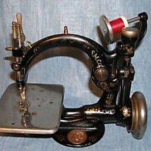 十九世紀 Willcox & Gibbs Sewing Machine威爾科克斯 & 吉布斯縫紉機(1)