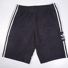 adidas 愛迪達 三葉草 三線 短褲 fm9878 黑 男