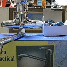 台中興大水電衛浴設備-台灣製高級利發牌陶瓷軸心廚房貼璧龍頭整組含配件(非一般劣質品)