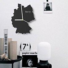 C - R - A - Z - Y - T - O - W - N 美式 掛鐘 設計師 工業風 國家地圖 現代 創意時尚