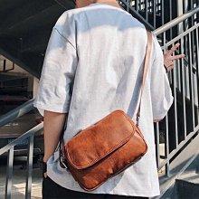現貨?♂️流行韓版男包青年小包街頭單肩包户外便攜帶斜跨包ipad包簡約小包新款男隨身包